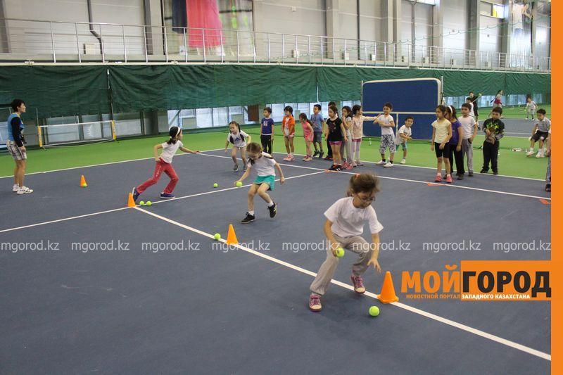 Уральских детей обучает теннису тренер из Украины ten_kort11