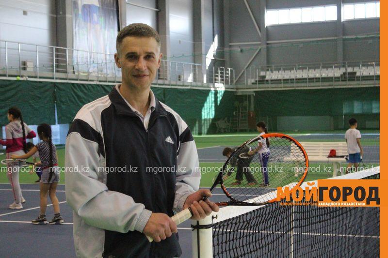 Уральских детей обучает теннису тренер из Украины Тренер Вячеслав ВАРОЧИН