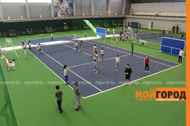Уральских детей обучает теннису тренер из Украины ten_kort2