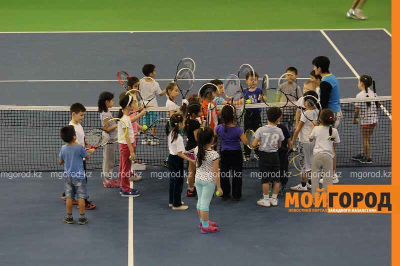 Уральских детей обучает теннису тренер из Украины ten_kort3