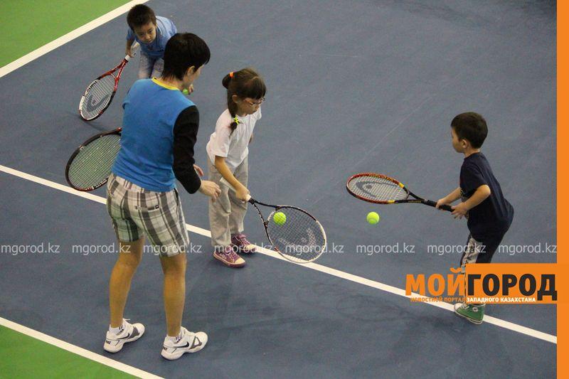 Уральских детей обучает теннису тренер из Украины ten_kort4