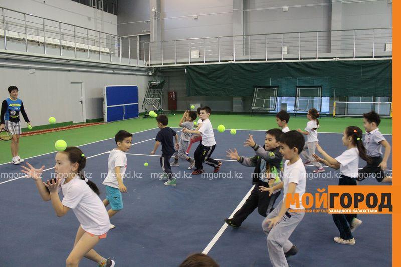 Уральских детей обучает теннису тренер из Украины ten_kort8
