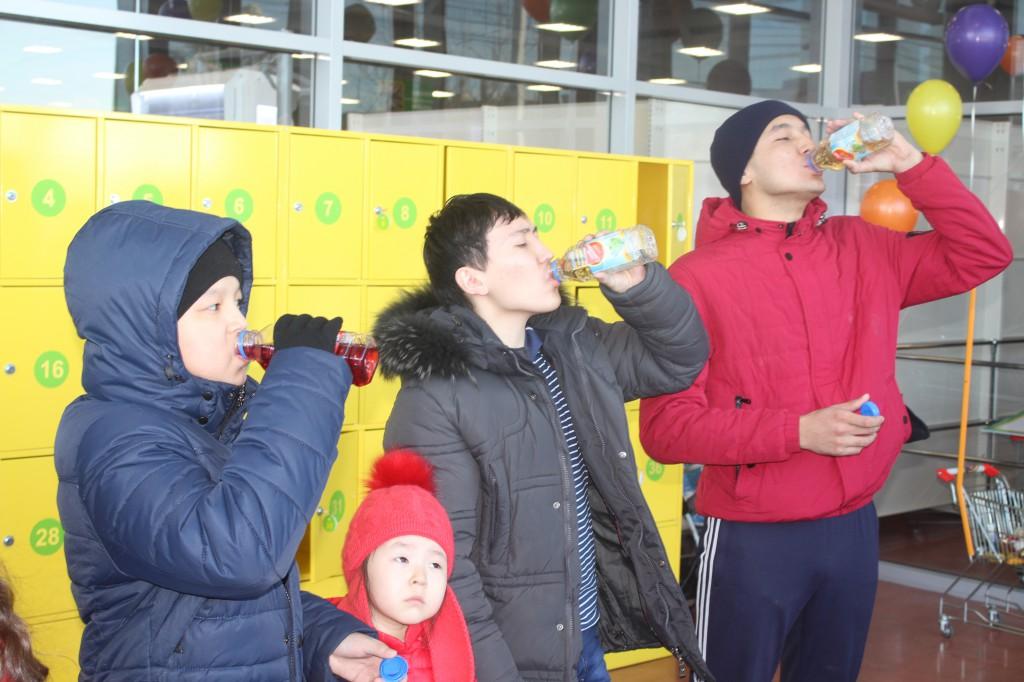 В Аксае открылся супермаркет «Алтындар» 10