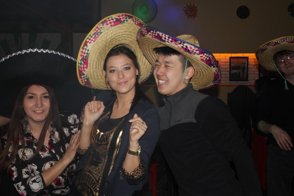 Дискобар «Кактус» приглашает жителей на вечеринку 10