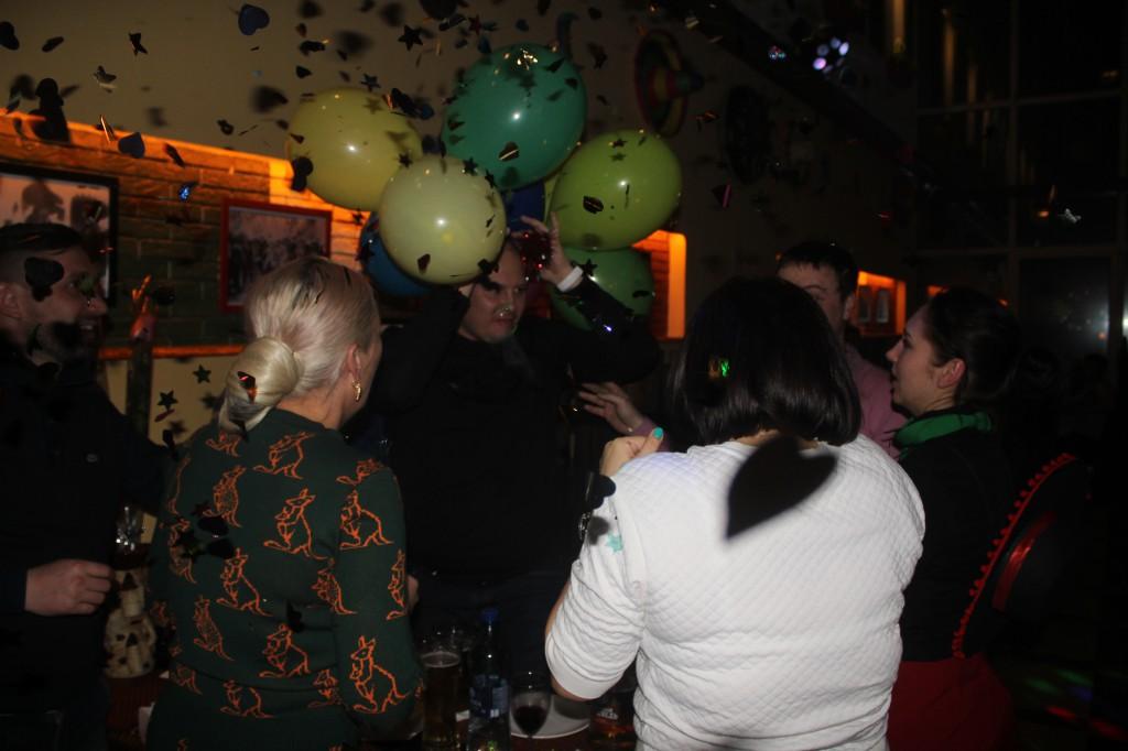 Дискобар «Кактус» приглашает жителей на вечеринку 2