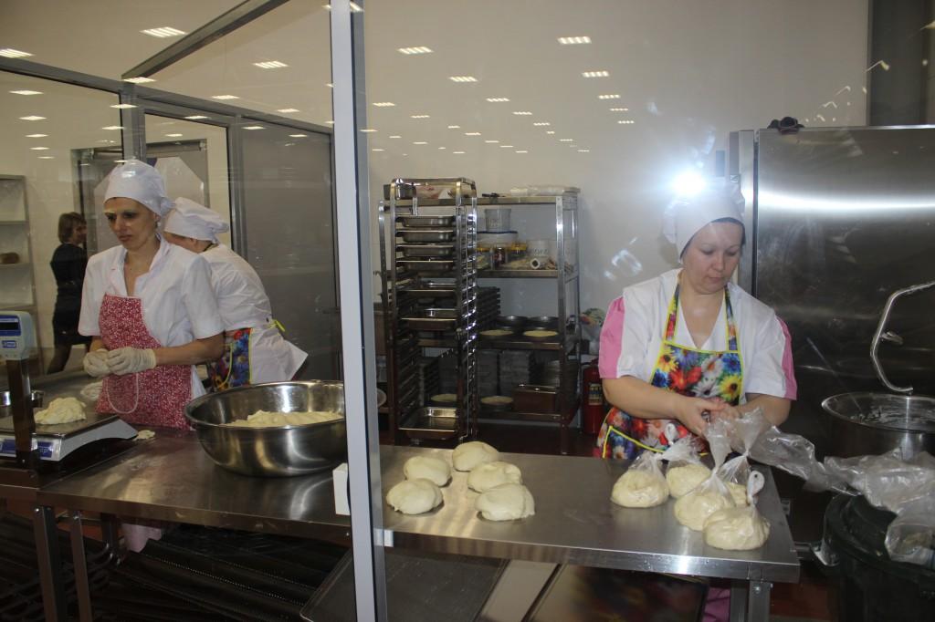 В Аксае открылся супермаркет «Алтындар» 3