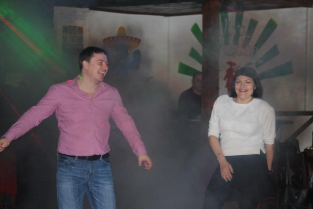 Дискобар «Кактус» приглашает жителей на вечеринку 6