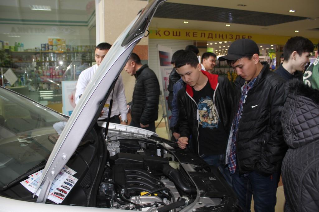 Компания «Урал-Кров-Авто Плюс» поздравила уральцев с весенним праздником Наурыз 6
