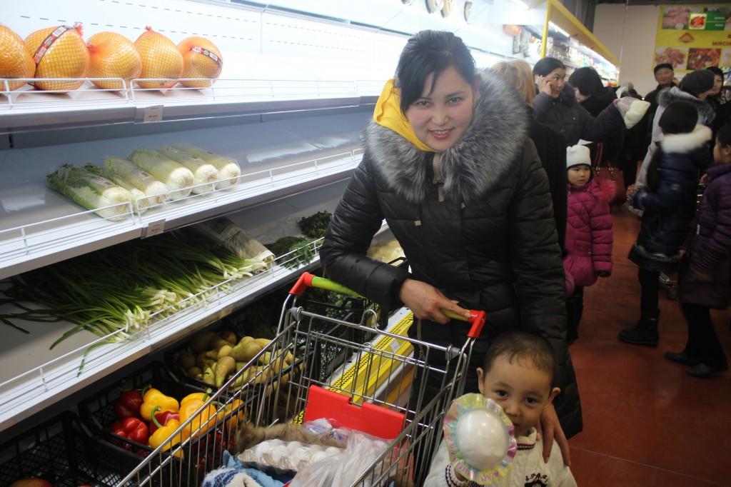 В Аксае открылся супермаркет «Алтындар» IMG_7020