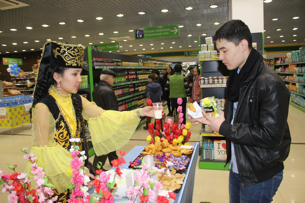 180-килограммовый торт подарил уральцам супермаркет «Атаба» IMG_8450