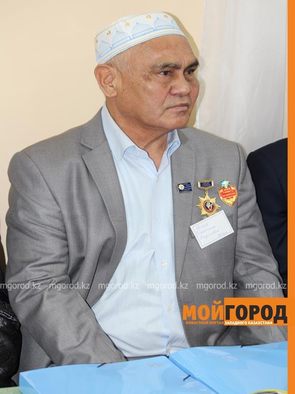 На семинар народных целителей в Уральск съехались больше 70 лекарей celitel4