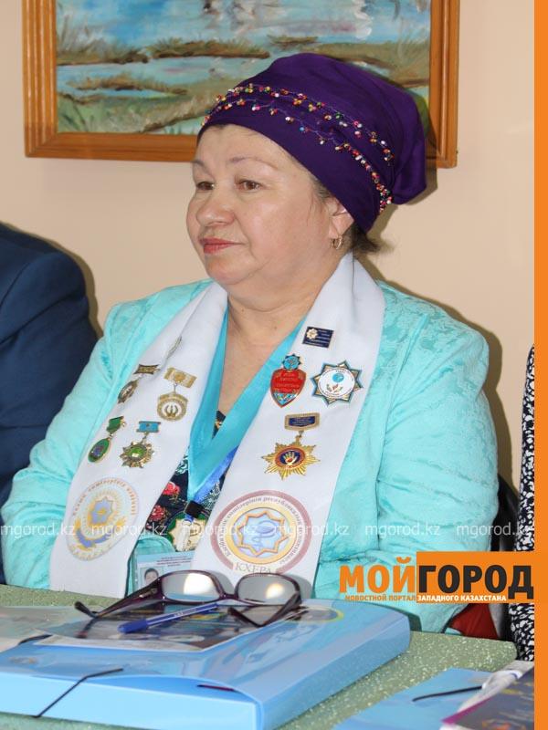 На семинар народных целителей в Уральск съехались больше 70 лекарей celitel6