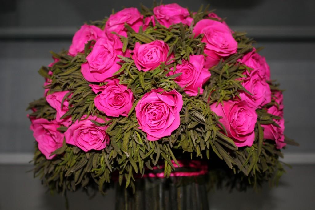 В Уральске открылся магазин необычных цветов 3