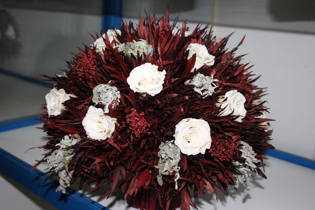 В Уральске открылся магазин необычных цветов 4