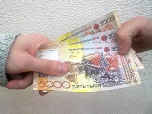 За отказ от взятки полицейскому Уральска выдадут премию Иллюстративное фото с сайта yk-news.kz