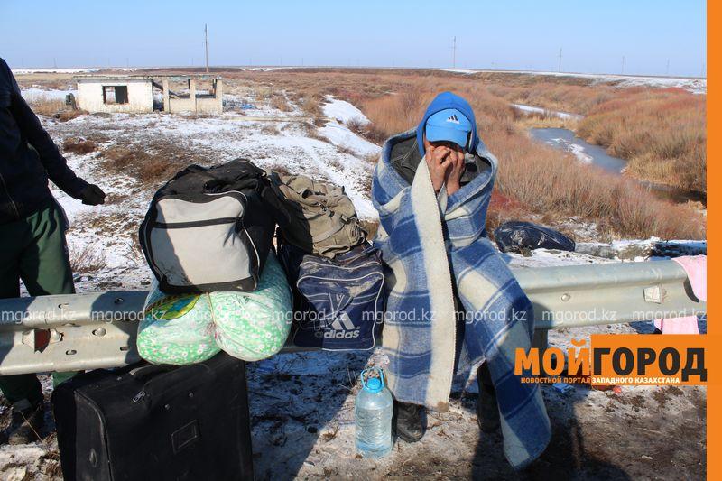 Гражданам Узбекистана из перевернувшегося автобуса некуда идти (фото, видео) dtp_uzbeki (10)
