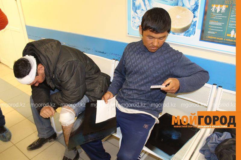 Гражданам Узбекистана из перевернувшегося автобуса некуда идти (фото, видео) dtp_uzbeki (24)