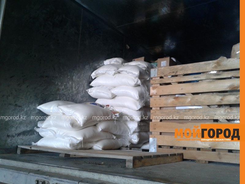 Новости Атырау - Жители Атырау отправляют 70 тонн гуманитарной помощи в Карагандинскую область gumpomosh5