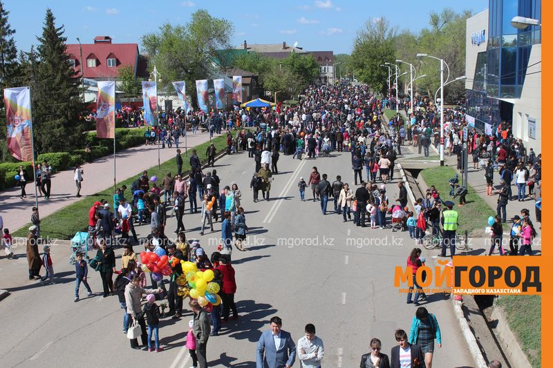 В Уральске отпраздновали 70-летие великой Победы IMG_8121 [800x600]