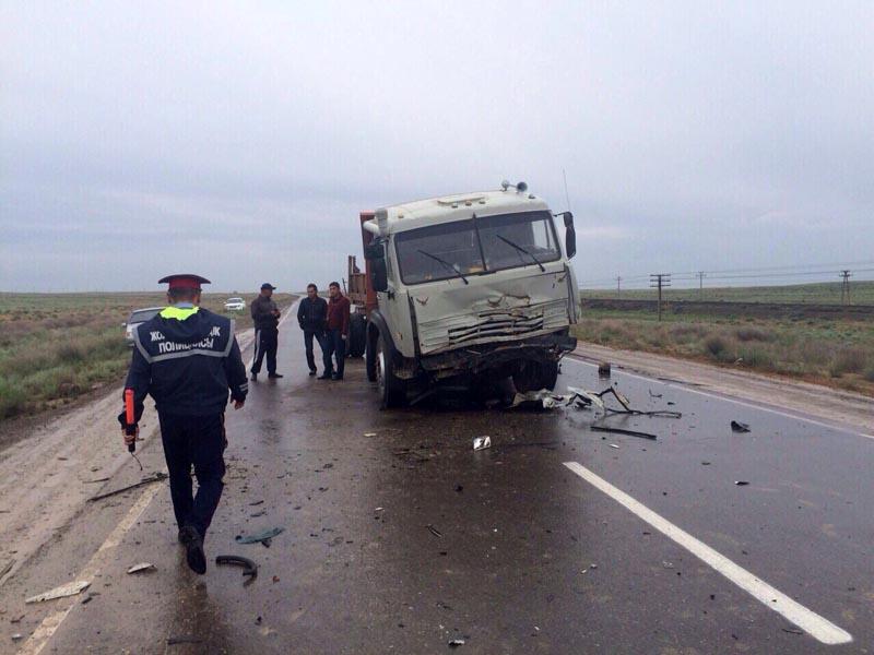 В ДТП в Атырауской области погибли 6 граждан Узбекистана crash