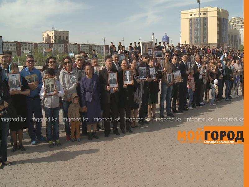 """Более 400 человек приняли участие в акции """"Бессмертный полк"""" в Атырау polk3"""