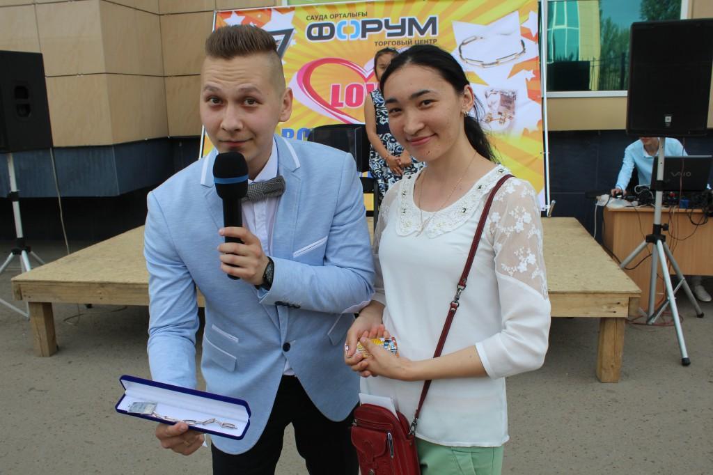 ТЦ «ФОРУМ» поздравил горожан с началом лета 3