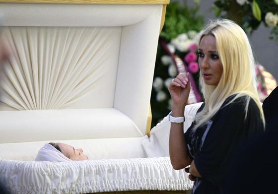 фото жанны фриске фото в гробу