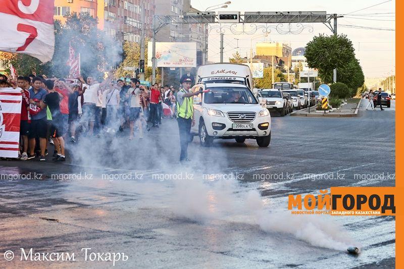 Как фанаты ФК «Актобе» поддержали свою команду (фото, аудио, видео) football (11)