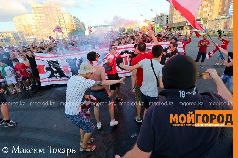 Как фанаты ФК «Актобе» поддержали свою команду (фото, аудио, видео) football (12)