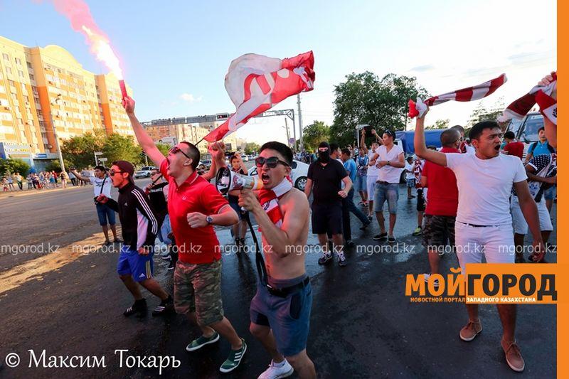 Новости Актобе - Как фанаты ФК «Актобе» поддержали свою команду (фото, аудио, видео) football (13)