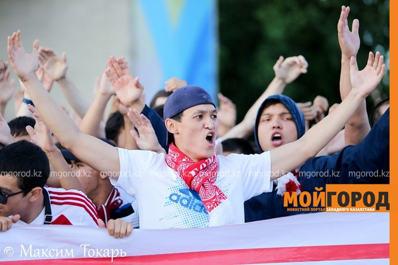 Как фанаты ФК «Актобе» поддержали свою команду (фото, аудио, видео) football (5)