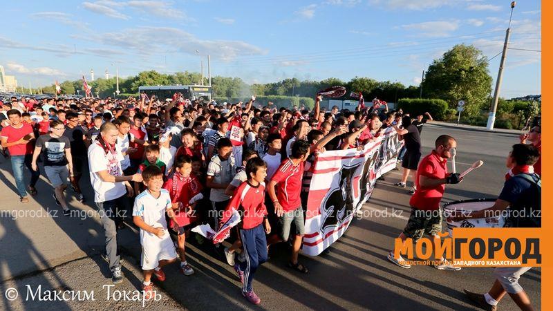Как фанаты ФК «Актобе» поддержали свою команду (фото, аудио, видео) football (7)