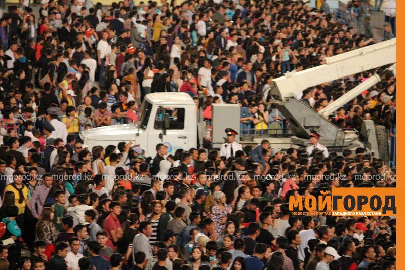 В День города уральцам поднимали настроение «Наша казаша» и группа «МузАрт» IMG_6924 [800x600]