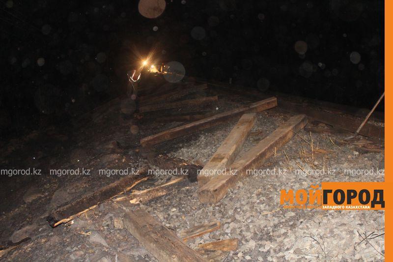 Последствия пожара на железной дороге в ЗКО ликвидируют 200 человек shpaly (14)