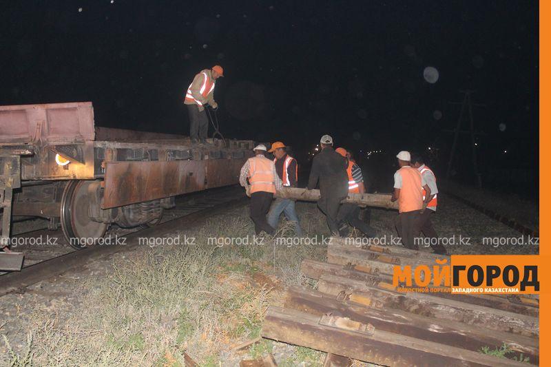 Последствия пожара на железной дороге в ЗКО ликвидируют 200 человек shpaly (3)