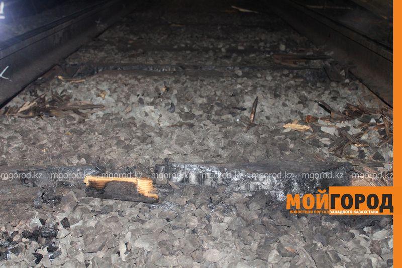 Последствия пожара на железной дороге в ЗКО ликвидируют 200 человек shpaly (9)