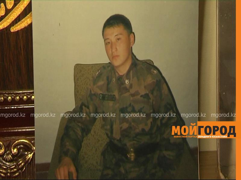 Находящемуся три года в коме военнослужащему из Актобе требуются помощь voennosluzhashii1