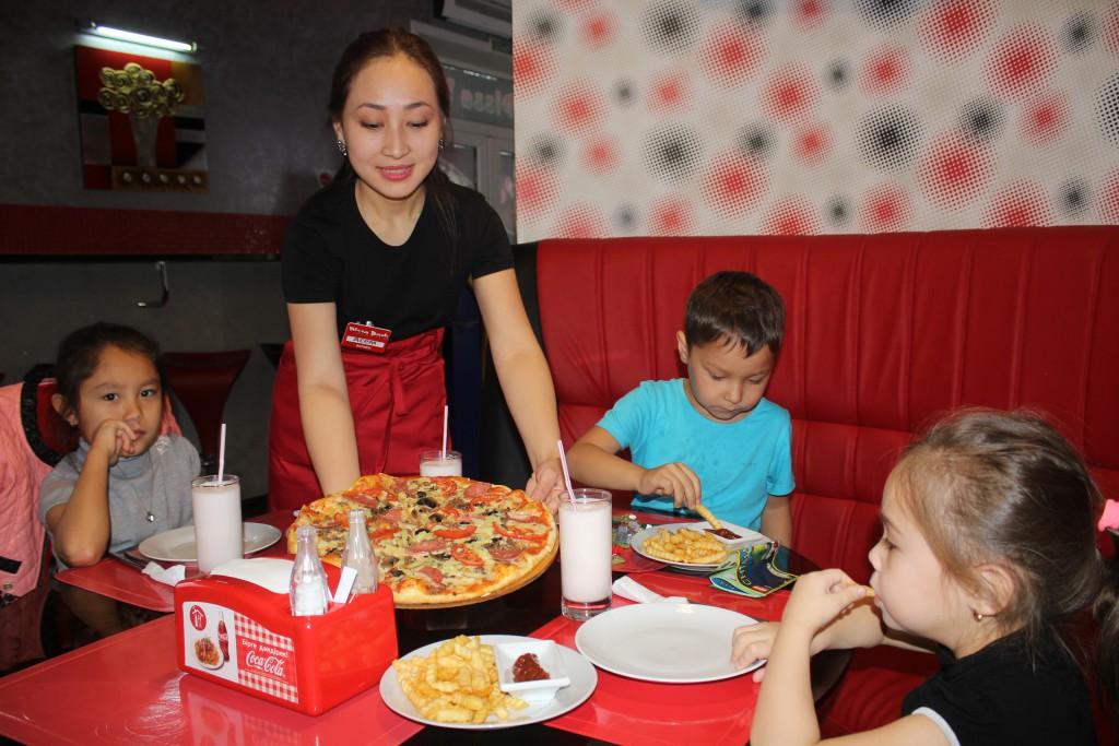 Пиццерия PIZZA PARK приглашает уральцев отведать итальянской пиццы 5