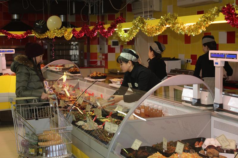Покупатели сети супермаркетов «Суровский» в Уральске отдохнут на море 2
