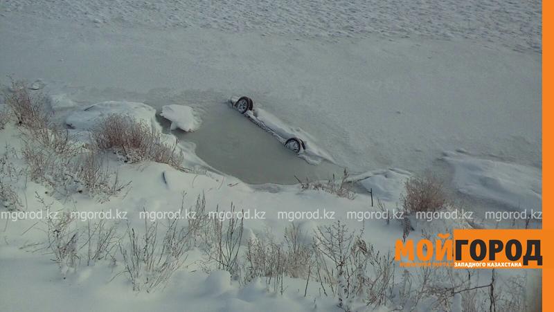 Новости - Тело мужчины обнаружили в утонувшей машине в ЗКО spasateli2