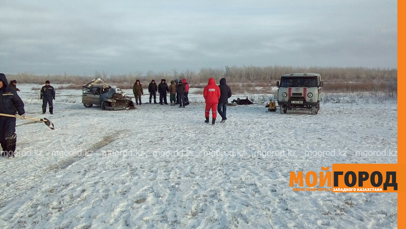 Новости - Тело мужчины обнаружили в утонувшей машине в ЗКО spasateli3