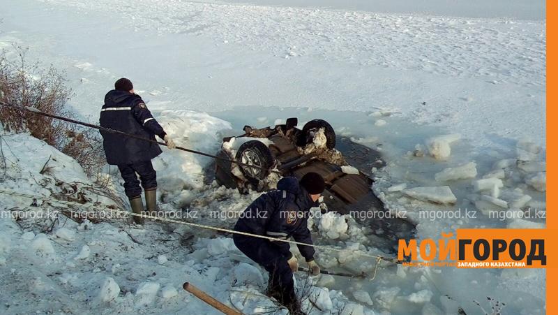 Новости - Тело мужчины обнаружили в утонувшей машине в ЗКО spasateli6