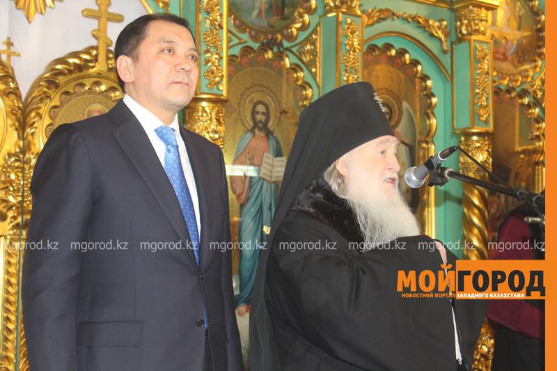 Православные христиане Уральска отмечают Рождество akim_rozhdestvo