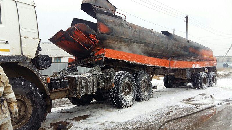 Новости Атырау - В Атырау при взрыве бензовоза погиб человек img_5055