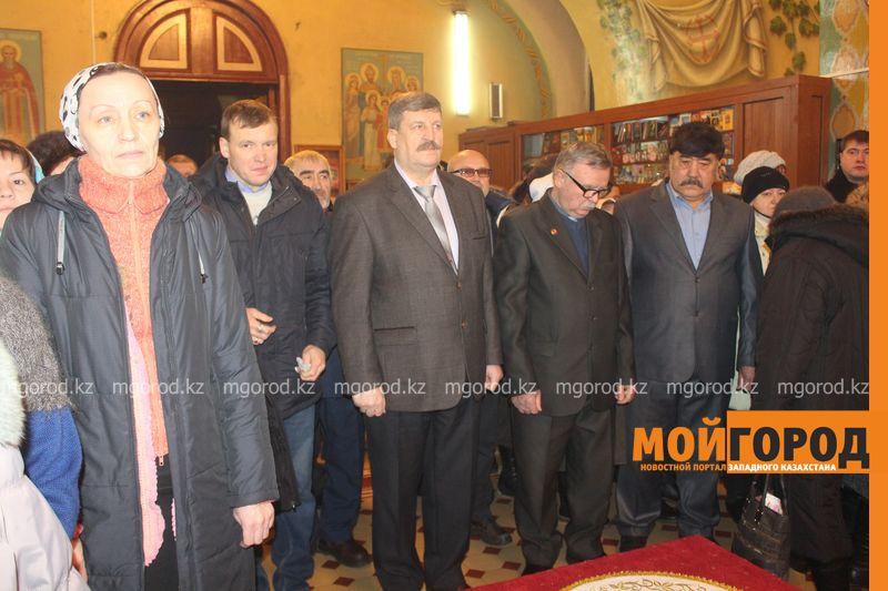 Православные христиане Уральска отмечают Рождество rozhdestvo (24)