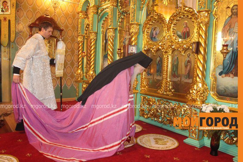 Новости Уральск - Православные христиане Уральска отмечают Рождество rozhdestvo (25)
