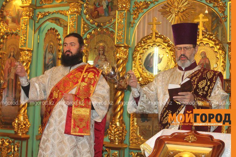 Православные христиане Уральска отмечают Рождество rozhdestvo (26)