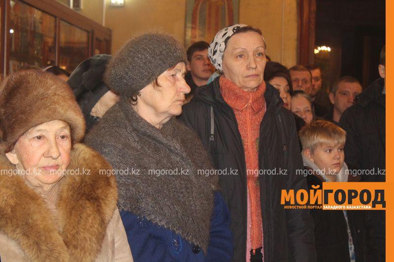 Православные христиане Уральска отмечают Рождество rozhdestvo (27)