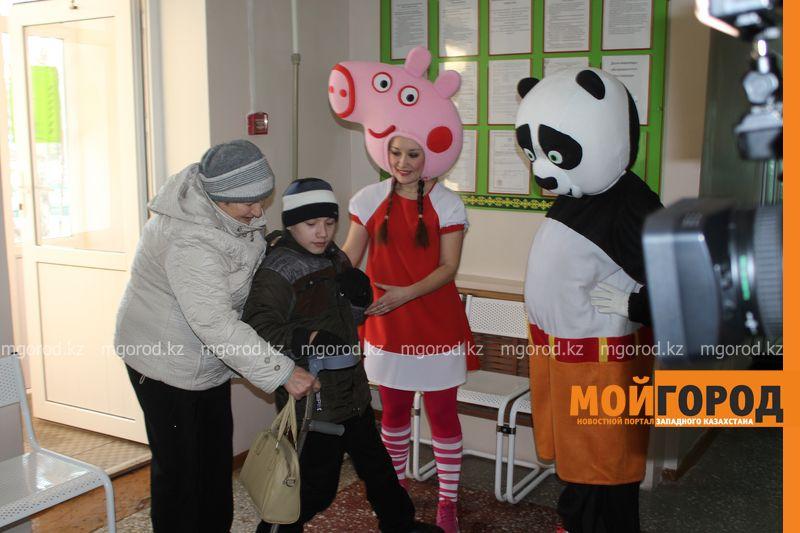 Дети с ограниченными возможностями получили стоматологическую помощь в Уральске IMG_9437 [800x600]