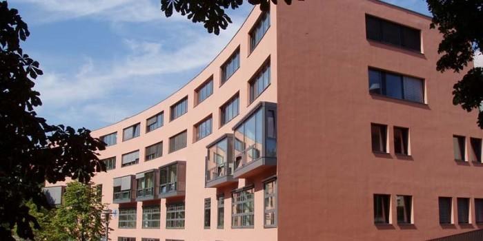 13-летняя русская девочка, сообщившая об изнасиловании в Берлине, оказалась в психбольнице ee2ab1415e8b3a84f064ec9ceb91f472